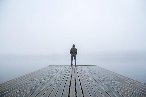 male-loneliness-men-lonely.jpg.2b0e21ed3