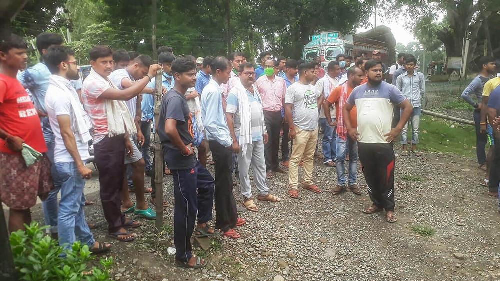 Mahdipur Exporters stopped sending goods to Bangladesh
