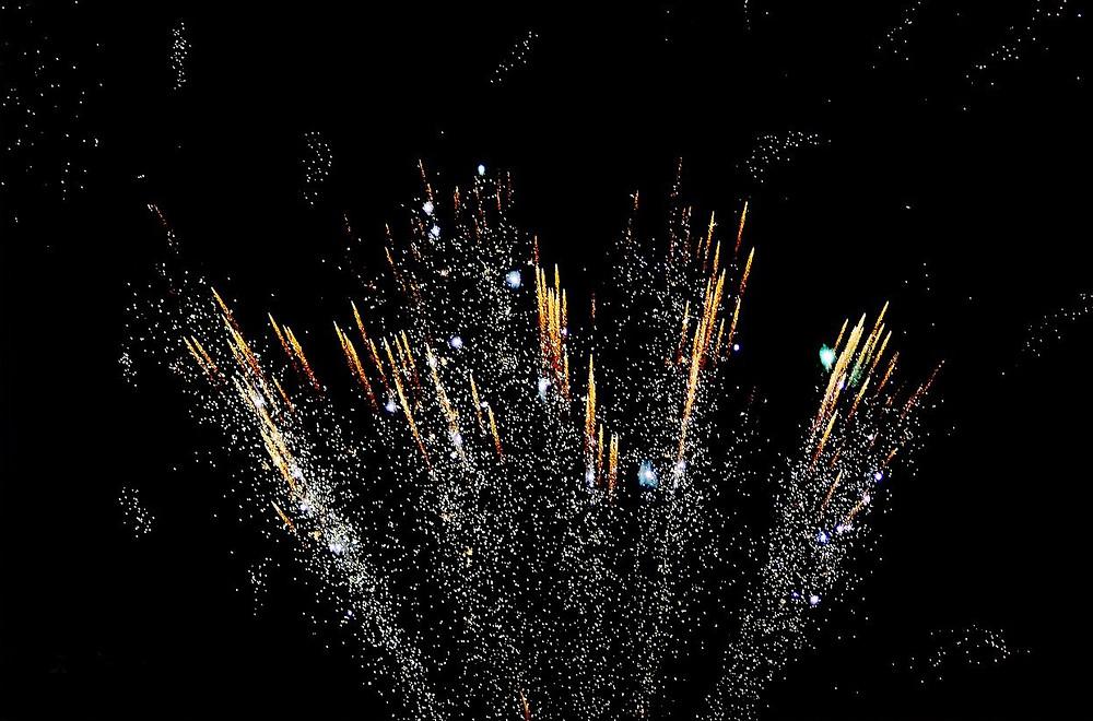 HC bans firecrackers on Kali Puja