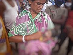 শিশুমৃত্যুতে গাফিলতির অভিযোগ ইংরেজবাজারে, বিক্ষোভ