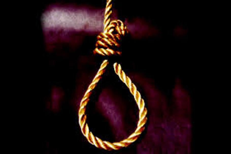 Girl found hanging at Kaliachak