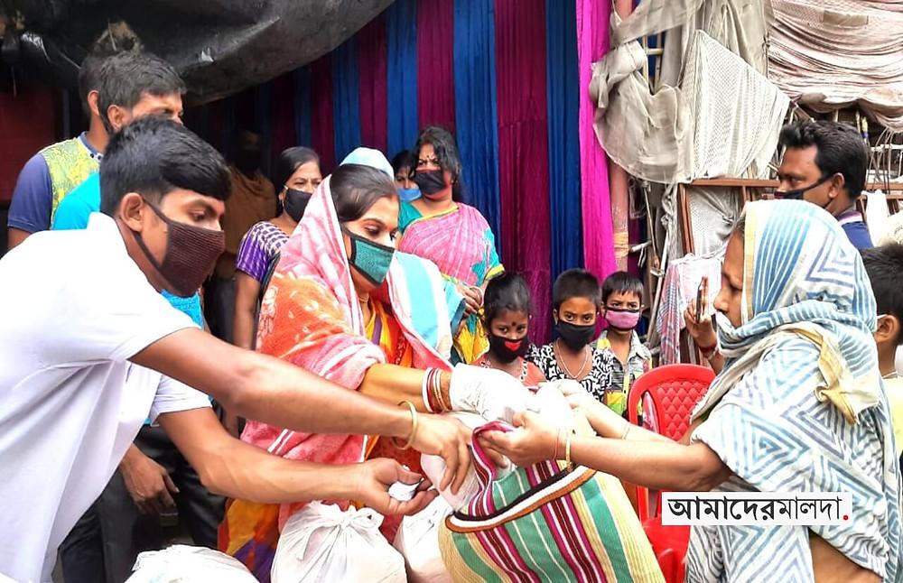 Anima Durlav donate relief to needy families