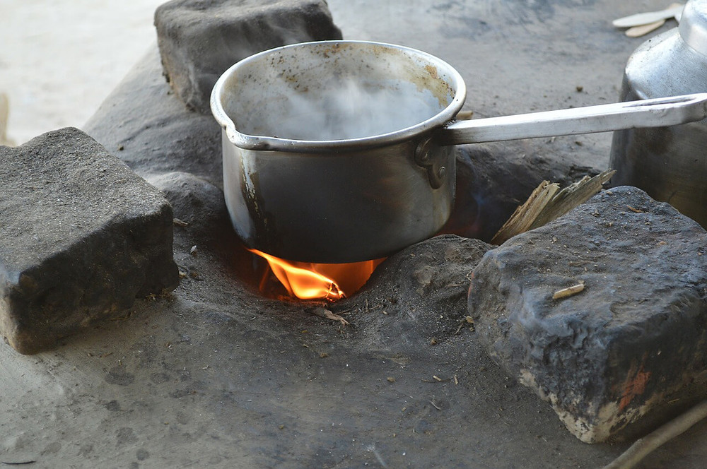 Chanchal Woman died in the fire while making tea