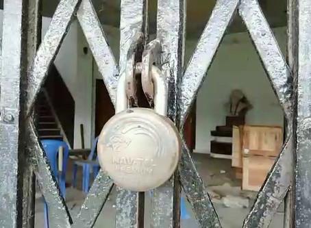 কবিগুরু এখন তালাবন্দি রবীন্দ্রভবনে