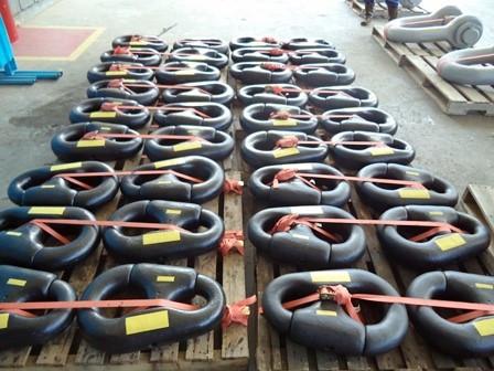 Comercialização e aluguel de acessórios de marinharia para ancoragem.