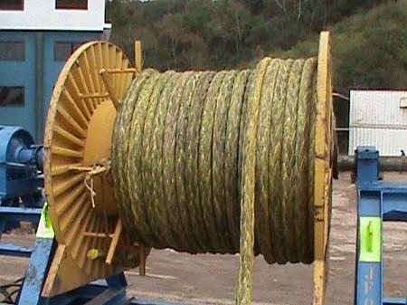 Manuseio de cabos de fibra HMPE para içamento e movimentação de cargas