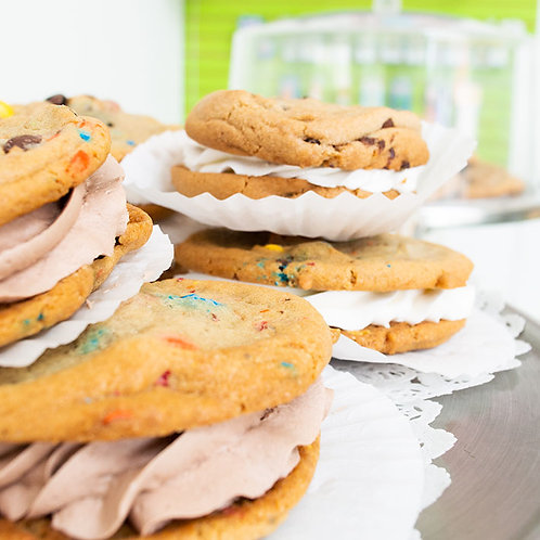 Sandwich Cookie - Chocolate Filled
