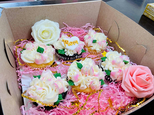 Small Mother's Day Dessert Box