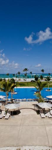 HRHC_Punta_Cana_Exterior_Pool_Beach_View
