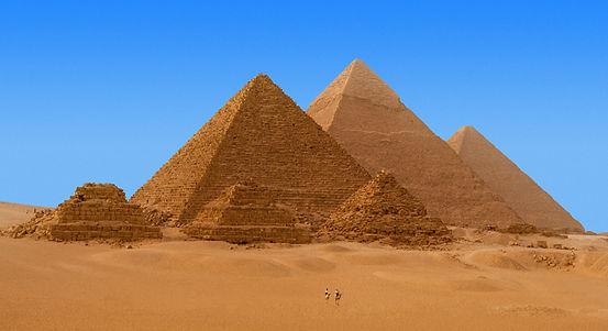 Cairo_Box01-02-Pyramids-of-Giza-2_771_42