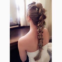 bridal braids👰🏼i dressed with fresh gy