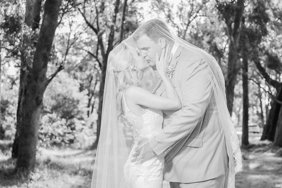 Astrid Cordier  Wedding 8-03.jpg