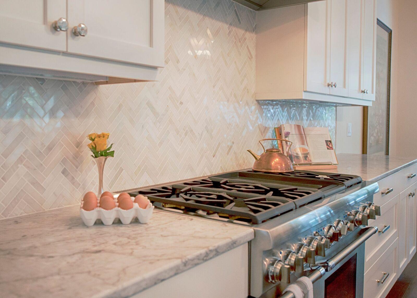 mae kitchen