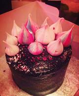 Chocolate meringue kisses cake
