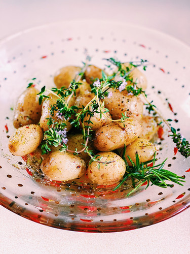 Horseradish new poatoes