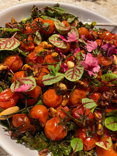 Roasted tomatoes with kale