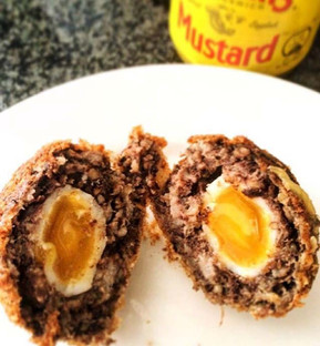 Quails egg scotch eggs