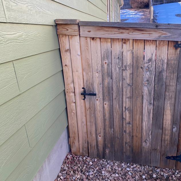 Repair Side Gate