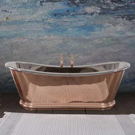 reestanding copper roll top bath