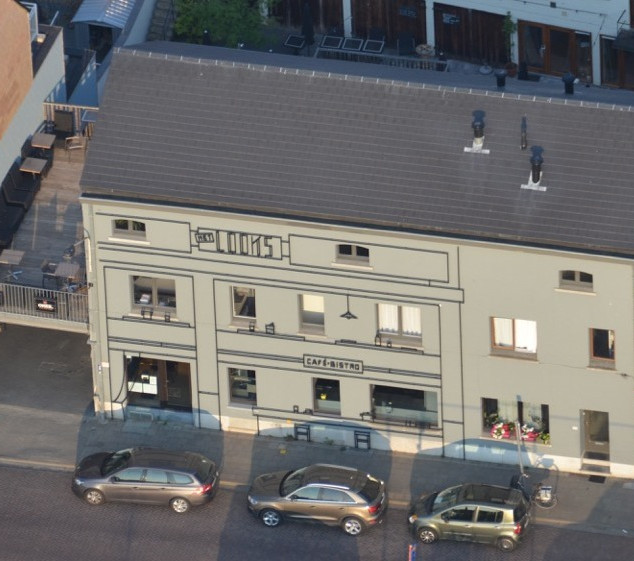 Het Looks, Lier, Be, 2015, Aam Solleveld  Steel drawing for Café-bistro Het looks in Lier, Belgium. The steel drawing depicts the interior on 1:1 scale and hovers in front of the facade.