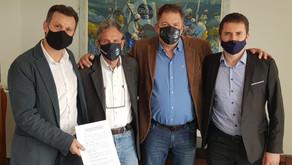 Clube Esportivo e Grêmio acertam contrato de jovem talento da base alviazul