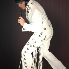 Jed Duvall as Elvis