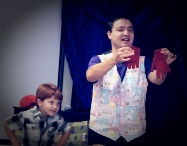 mr wiz the magician is a kids shows specialist
