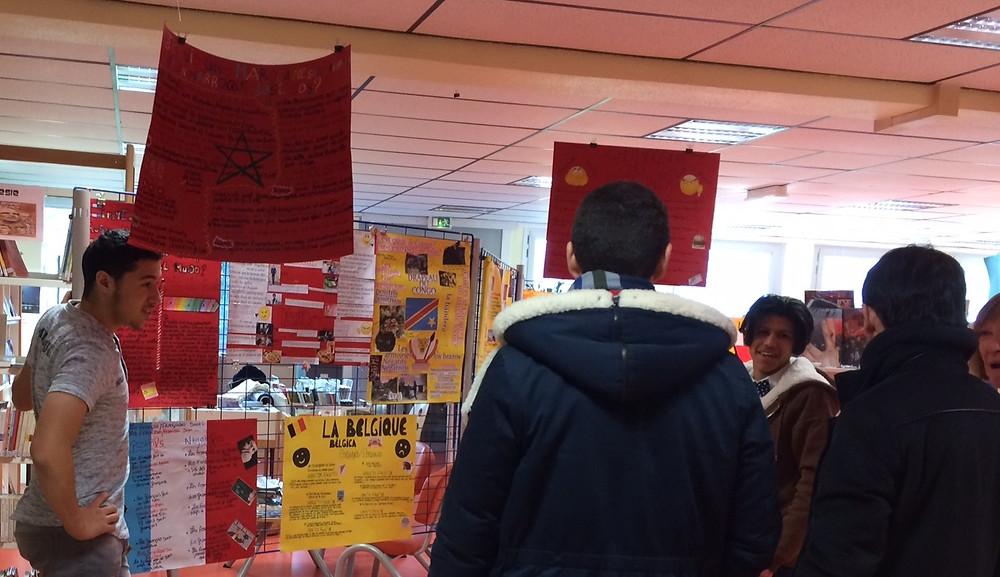 Exposition interculturalité au lycéen jean rostand roubaix