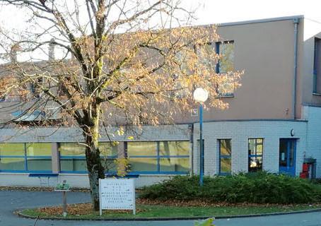 Lycéenne au lycée Châtelet de Saint Pol sur Ternoise, elle recherche une nouvelle famille d'accu