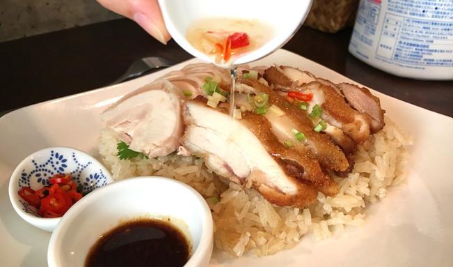 夏限定オープン!タイ料理、カオマンガイを食べられる万国屋