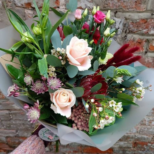 Mixed bouquet example (£40)