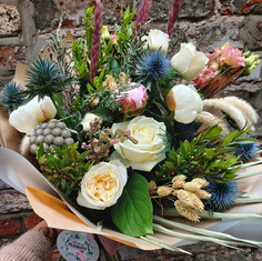 Fresh and dried flower mix.
