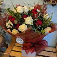 Mixed rose bouquet.jpg