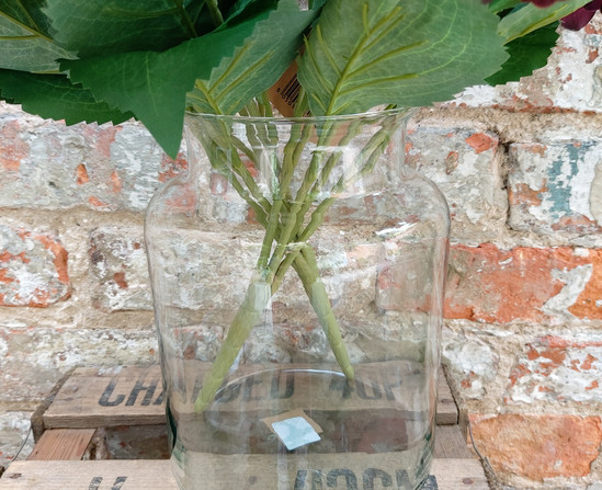 Clear vase 2