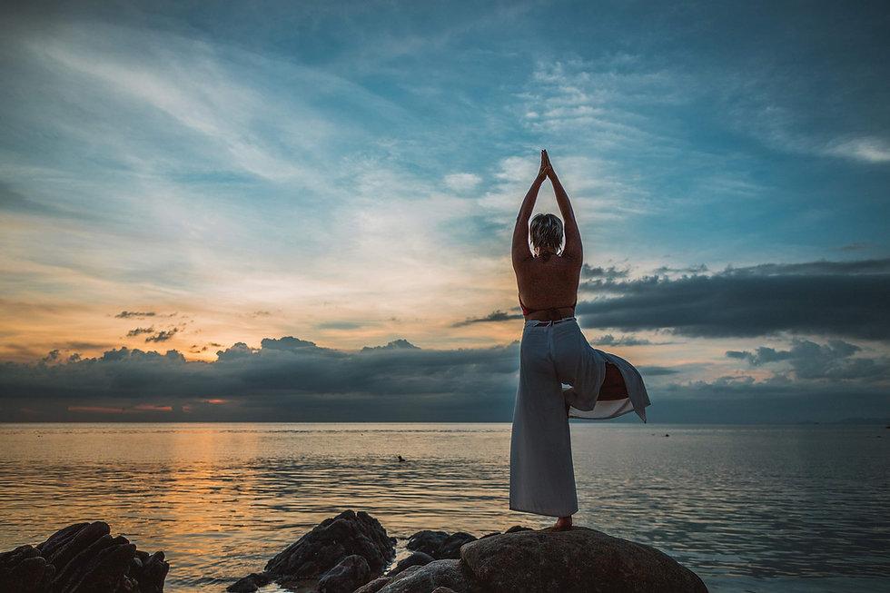 yoga - ecole Or'ange - Stephanie Rizzi .jpg
