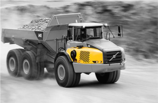 Capot moteur camion