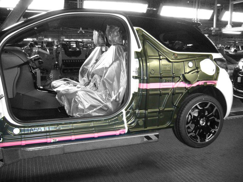 Protection automobile thermoformée