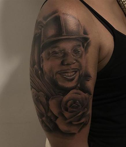 Portrait tattoo, 7 hours! Full day tatto