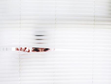 """""""Stalking e cyberstalking — Entra em vigor a lei que criminaliza perseguição"""""""