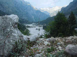 LOCATION 118, VALBONA, Albania, 42°26'52.88''N 19°52'45.72''E Placed by Femke Cools and Dimitri Riemis Since August 10, 2015