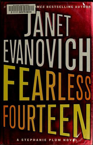 Fearless Fourteen by Evanovich Janet