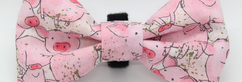 Piggies Dog BowTie