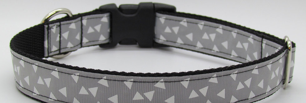 Gray Triangles Pattern Dog Collar