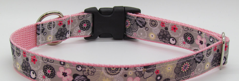 Pink and Gray Flowers Dog Collar