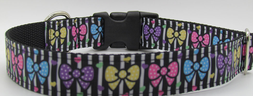 Bows and Stripes Dog Collar