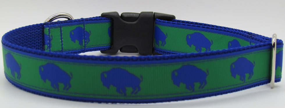 Exclusive Green Buffaloes Dog Collar