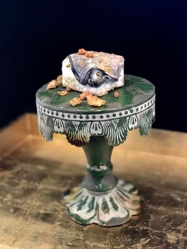 Miniature wedding cake Stone texture