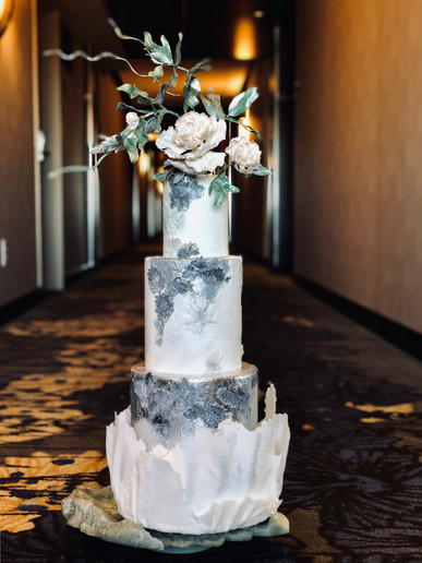 Celebration cake Peony & Lace.jpg