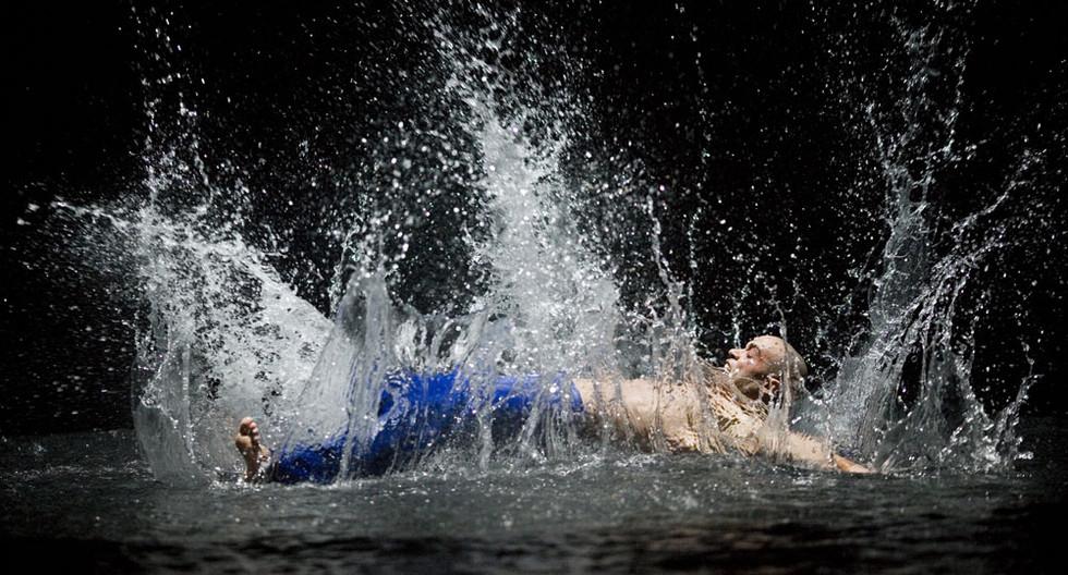 4_504_le_reve-the_dream_splash_tomasz_ro