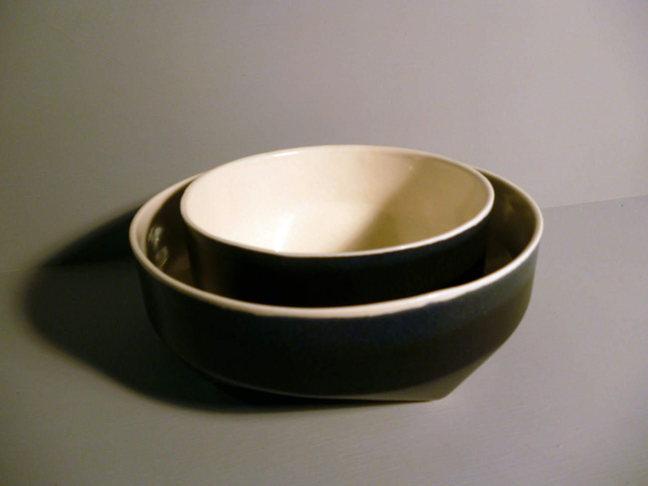 Geo-Bowl-14cm-and-18cm-Diametre-Graphite--Black